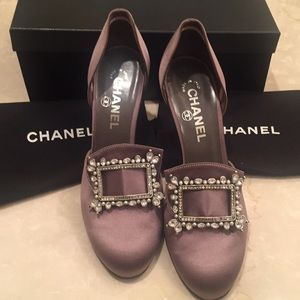 RARE AUTHENTIC EMBELLISHED CHANEL HEELS